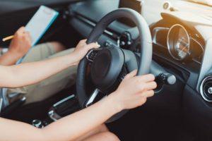 Basic Driving Tips for New Beginners - YLooDrive